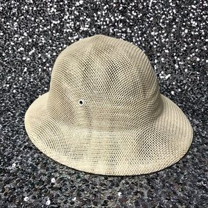 🖤 Vintage 1970s Brookstone safari hat